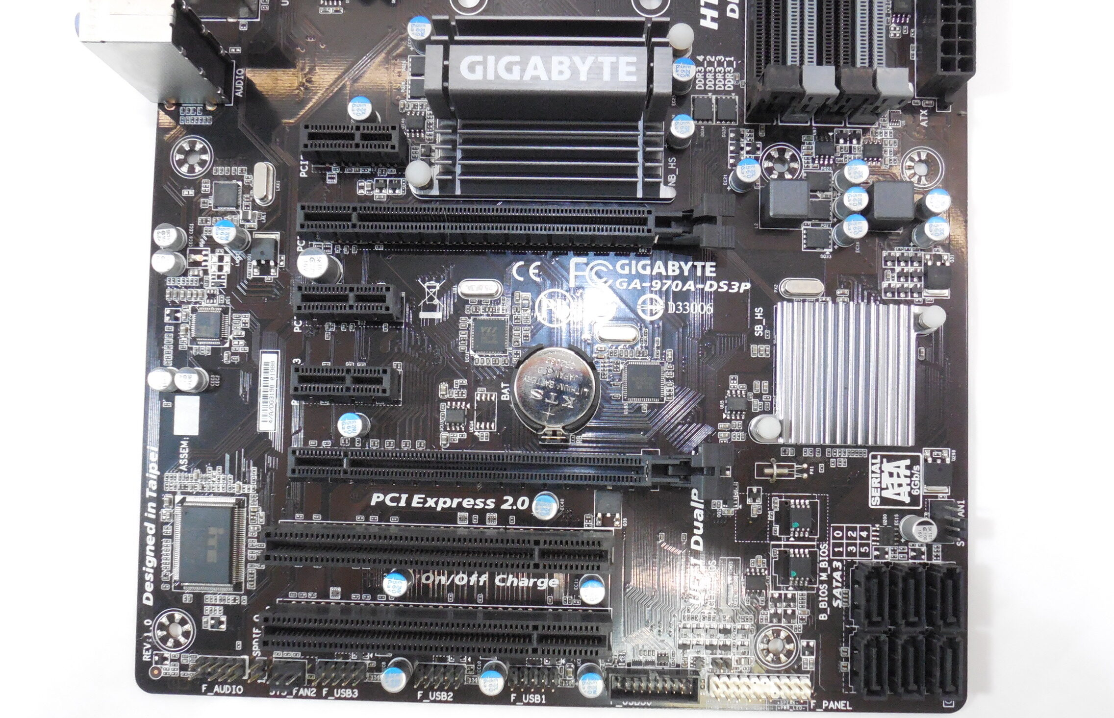 Фото платы Gigabyte GA-970A-DS3P